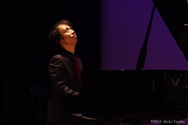 ピアノ 板垣光弘