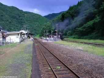 100805 SL人吉一勝寺駅遠景.JPG