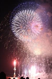 諏訪湖の花火、まぶしいっす。