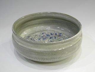 彩泥宝相華文盛鉢