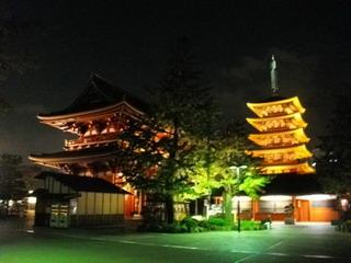 浅草寺の五重の塔