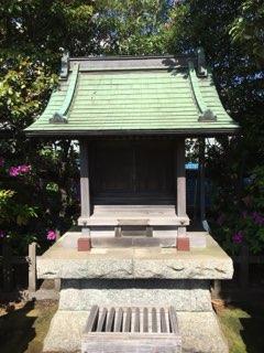 横浜�島屋の最上稲荷神社