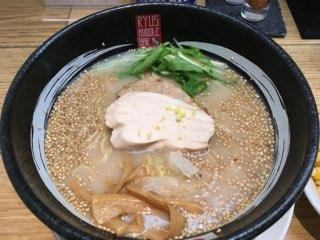 RYUS鶏白湯ラーメン