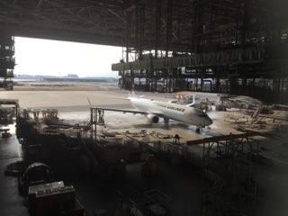 JAL工場見学格納庫見学