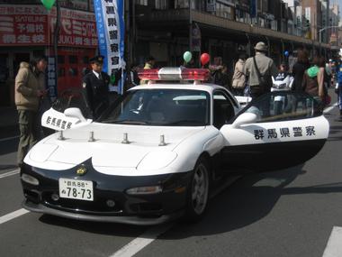 桐生市歩行者天国のパトカー