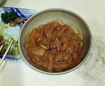 手製のイカの塩辛です(^_-)-☆