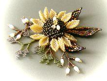 花のネックレスに、しよぅ・・夏まで保存笑