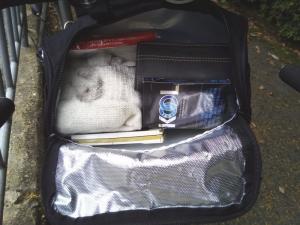 サドルバッグの中身も入れてみた