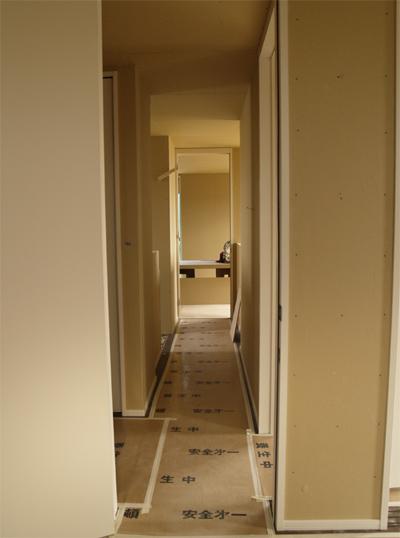 書斎から廊下