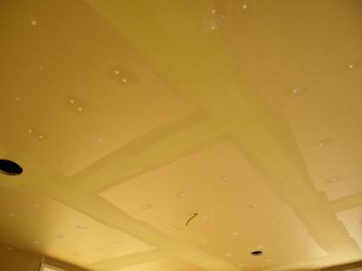 天井のパテ