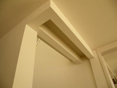 階段下がり壁