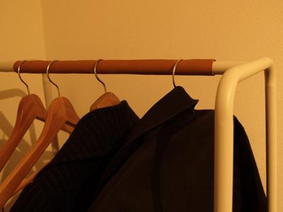 ハンガーの革