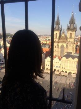 プラハ旧市庁舎から中央広場