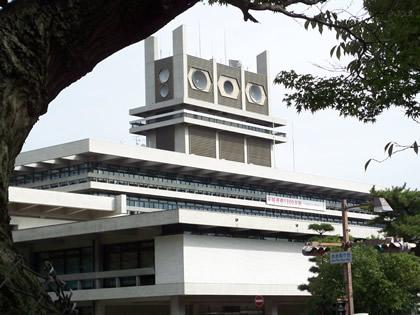 ウルトラ警備隊っぽい奈良県庁