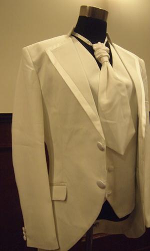 セブウエディング衣装