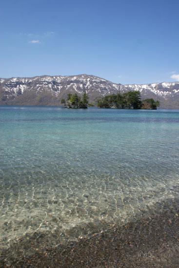 十和田湖の美しい水面