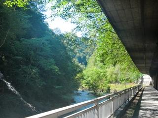 110827-43無名の滝.JPG