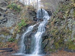 111021-16白糸の滝.JPG