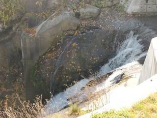 111021-20ポンポロカベツの滝.JPG