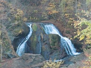 111021-26-1オソウシの滝.JPG
