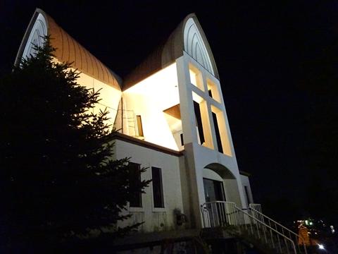 160823-54函館聖ヨハネ教会.jpg
