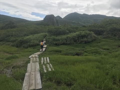 180804-25夕張岳(前岳湿原).jpg