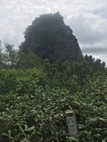 180804-48夕張岳.jpg