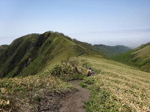 190518-46伊達紋別岳.jpg