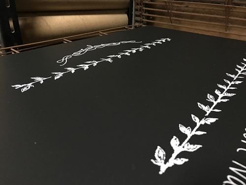 黒板にシルク印刷