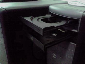 DELLにCD-Rドライブを追加