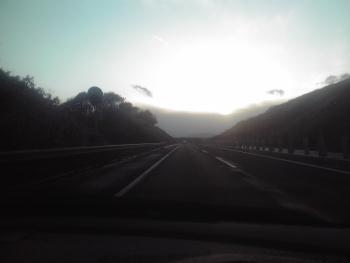 高速の短い陽の中 3