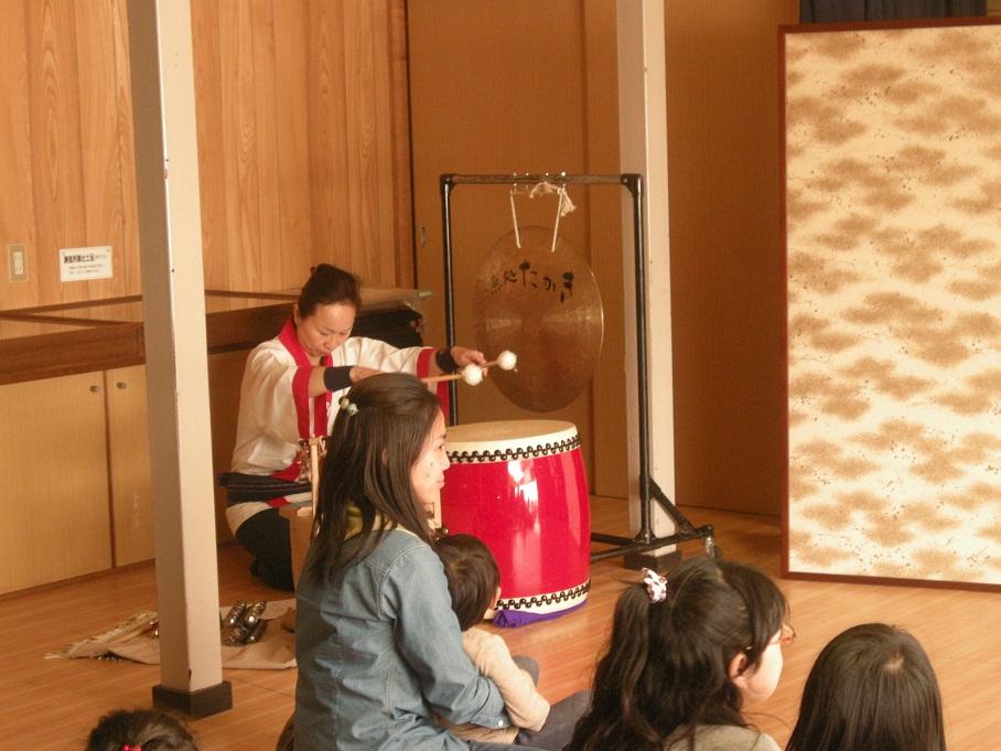 太鼓とドラ
