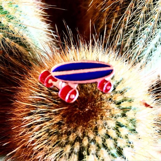 AMERICAN PINS SKATE PINS
