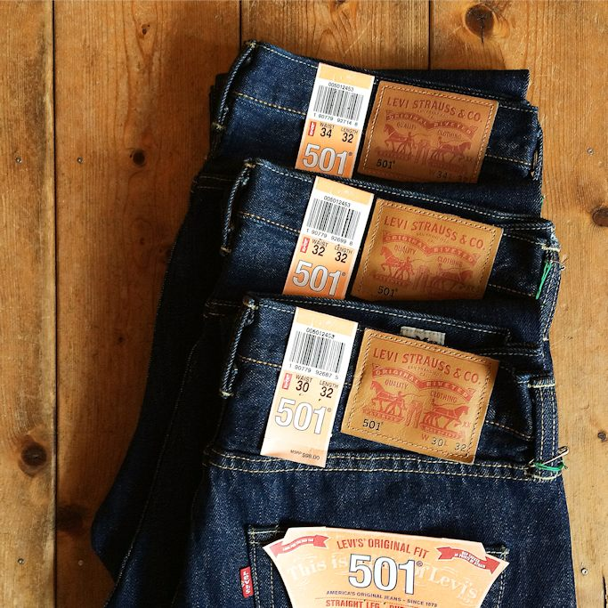 LEVIS 501 MADE IN USA FARMHOUSE