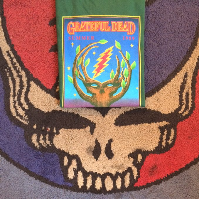 GRATEFUL DEAD SUMMER 1989 TEE FARMHOUSE