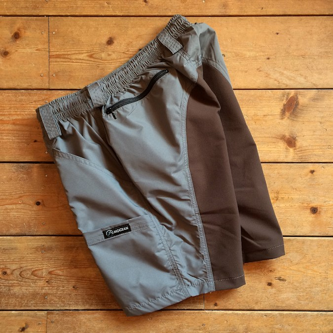 MOCEAN VELOCITY SHORTS GREYxBROWN FARMHOUSE京都