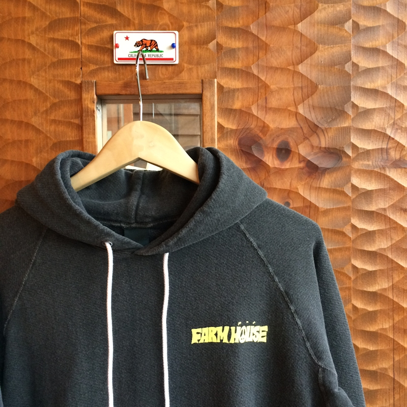 FARMHOUSEORIGINAL GOOD ON PULLOVER HOODIE PIGMENT BLACK