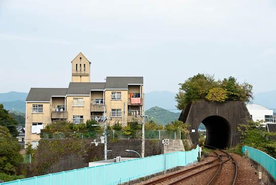 海部駅のトンネル