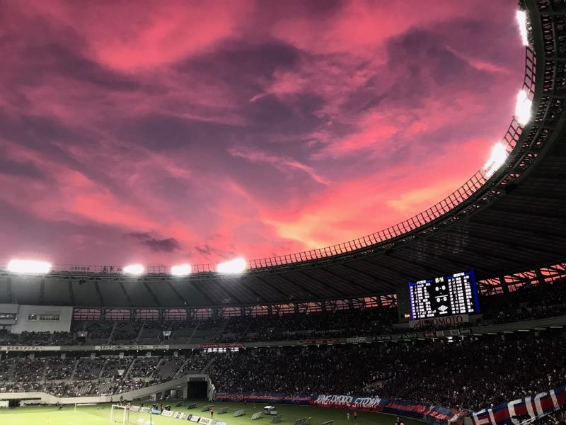 FC東京対横浜Fマリノス戦の味スタの夕焼け