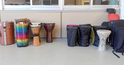佐伯モリヤス 課外授業 小学校 中学校 太鼓 打楽器 タブラー ダルブカ トバイラ 世界 ワールド