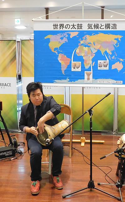 佐伯モリヤス レクチャーコンサート 世界の太鼓 気候と構造 クロステラス 盛岡 打楽器 アラブ 解説