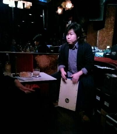 佐伯モリヤス カホン 大阪 ミニライブ
