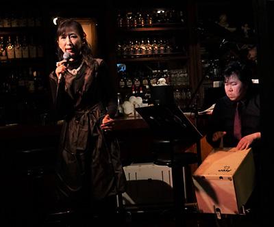 天使のコンチェルト シャンソン 安達由美 佐伯モリヤス カホン パーカッション 打楽器 銀座 ライブ