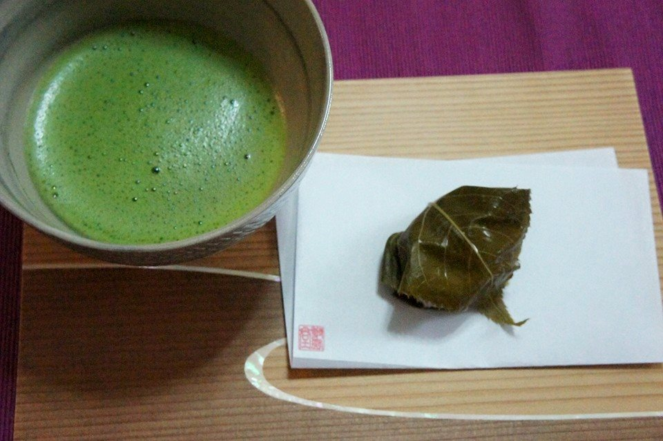 魂との繋がり「心の勉強会」お抹茶と和菓子