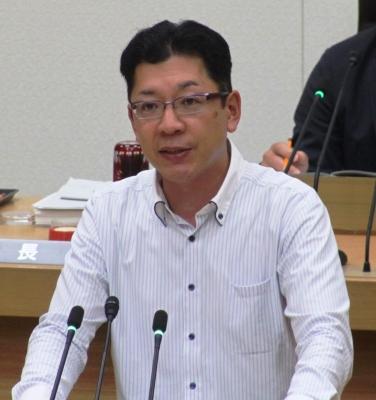 18年06議会宮本・代表質問 (2).jpg