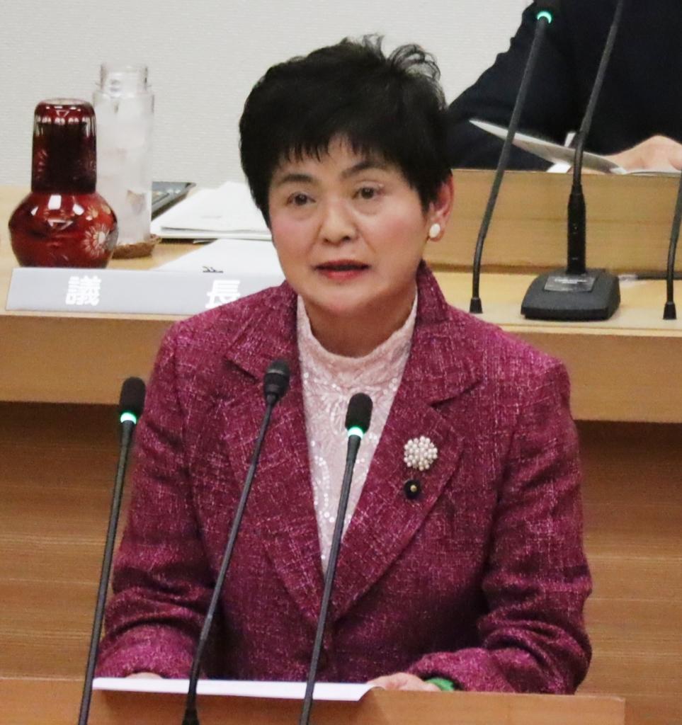 19年12月議会代表質問(山村さん).jpg