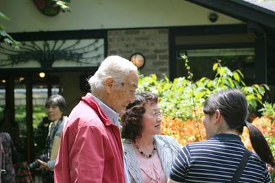 八ヶ岳倶楽部、柳生博さんとお客様がた
