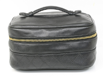 b71108735ba4 CHANEL シャネル バニティバッグ 【質屋 藤千商店】 https://page.auctions.yahoo .co.jp/jp/auction/o295993854