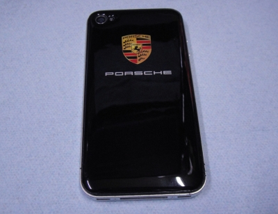 iPhone4/4s用ポルシェロゴ入り背面保護カバー(ステッカー)