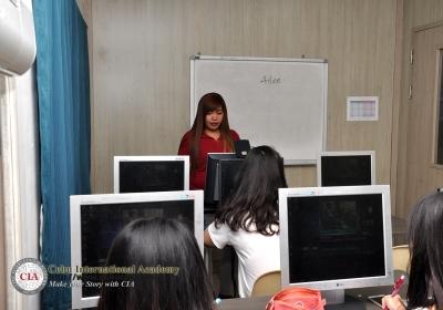 CIAの授業風景:CNNクラス